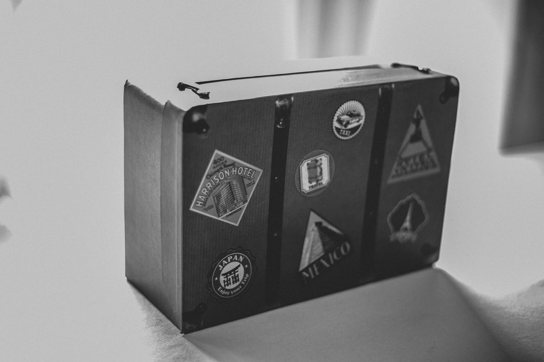 Spardose-Reisekoffer